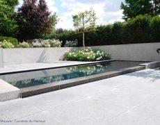 blauwe-steen-zwembad-1024x683